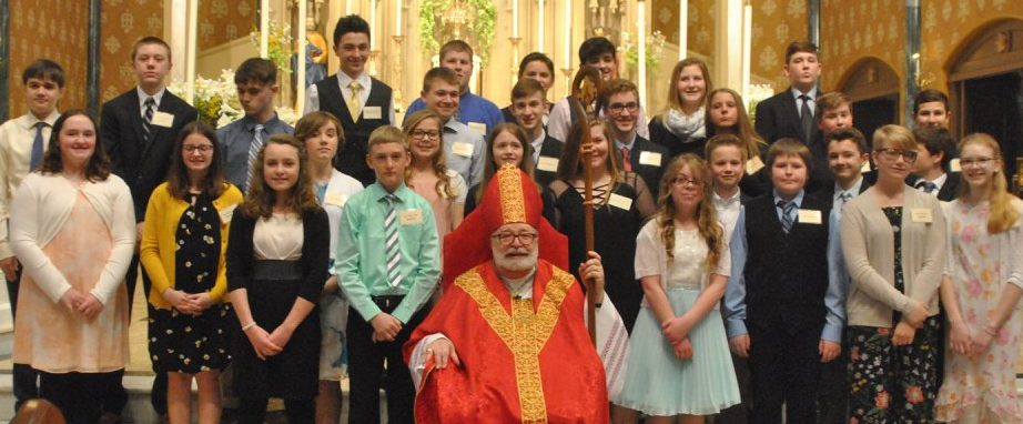 Class-Pic-with-Bishop-e1544042964761